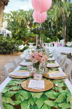 """Globos rosas en una """"Baby Shower"""" de Palm Beach"""