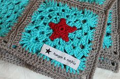Lovely winter colors square based on the Granny Wheel square pattern by MiA here http://minspiration.blogspot.com/2010/04/granny-wheel-square.html#