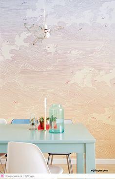 De collectie Geonature knipoogt naar de periode van de art deco met gestileerde motieven, grafische lijnen en gedempte tinten. De symmetrie uit de natuur is gevangen in stoere en subtiele geometrische dessins.  - #home #homedecor wallpaper #homeinterior #homestyle #homesweethome #inspiration #inspirational #interieur #wallcoverings #interieurinspiratie #interieurstyling #interior #interiorandhome #interiordesign #interiordesignideas #interiordetails #interiorinspiration #interiorlovers…