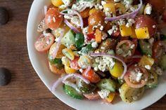 griechischer Salat mit Kirschtomaten und Feta