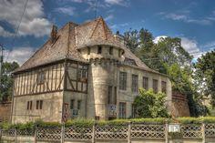 Sibiu Romania, Architecture, House Styles, Home, Decor, Gardens, Shops, Arquitetura, Decoration