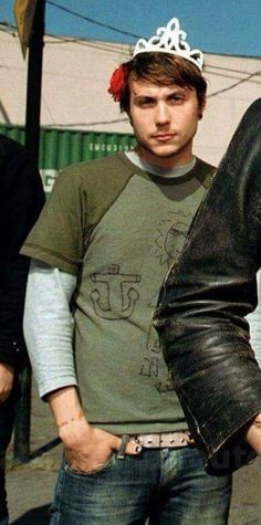 Princess Frank Iero <<< he literally doodled on his shirt bless this lil boy