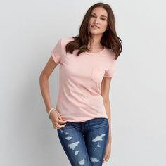 American Eagle Favorite Pocket T-Shirt ($15) ❤ liked on Polyvore featuring tops, t-shirts, coral, pocket tees, american eagle outfitters t shirts, scoop neck tee, long t shirts and american eagle outfitters