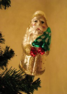 Painted glass Santa.  |  Cher 12861 on Flickr