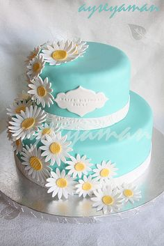 Moms Daisy Cake by cakeboxsoc via Flickr replace the daisies