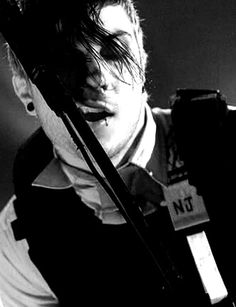 revenge era frank is literally going to be the end of me