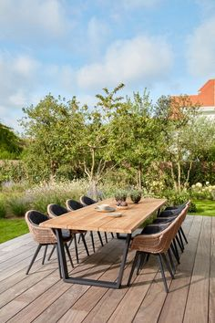 Outdoor Dining Chairs, Outdoor Tables, Outdoor Living, Outdoor Decor, Garden Furniture, Outdoor Furniture Sets, Plywood Furniture, Diy Kitchen Lighting, Dutch Gardens