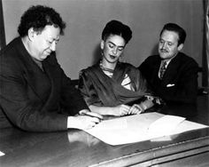 Frida Kahlo and Diego Rivera read...and sign.