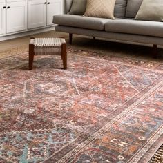 "Traditional Distressed Red/ Multi Printed Area Rug - 8'4"" x 11'6"""