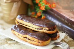 dailydelicious: June 2008 Daring Bakers Challenge #21: Chocolate Éclairs by Pierre Hermé