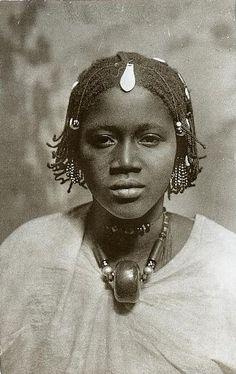 Laobé woman, Dakar, Senegal, late 1800s
