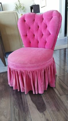 Items Similar To Vintage Pink Velvet Tufted Heart Vanity Chair On Etsy