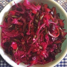 Tostadas, Guatemalan Recipes, Guatemalan Food, Healthy Salads, Healthy Cooking, Enchiladas, Curtido Recipe, Comida Keto, Latin Food