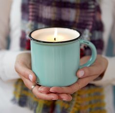 Your favorite autumn scents are here. Love these autumn candles in mugs from Terrain!!