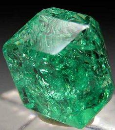 Tsavorite | Buy #gemstones online at mystichue.com