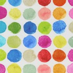 <b>Kolor: kolorowe kropki na białym tle
