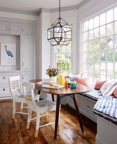 """""""We always had a dining room, but my mom kept a small table in the kitchen as well. It was the place where we ate, did our homework, played games, and talked. We grew up around that table, so now I always try to include a smaller table and banquette in my clients' homes."""" —Designer Andrew Howard Tell us what your mom taught you about decorating with #mycountryliving! #motherday"""