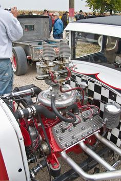 Hot Rods - My roadster will breath McCulloch supercharger! Electric Car Kit, Car Brochure, Race Engines, Combustion Engine, Automotive Art, Car Engine, T Bucket, Ford Motor Company, My Dream Car