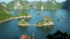 The charm of Halong Bay :x