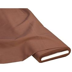 """Tissu coton """"Basic"""", marron, en armure toile, teinté, idéal pour des idées de décoration comme des housses de coussin, nappes, travaux de patchwork ou quilting, etc. Nous conseillons de laver le tissu avant l'utilisation pour éviter qu'il ne rétrécisseplus tard.Composition : 100 % cotonPoids : env. 140 g/m²Largeur : 150 cm"""