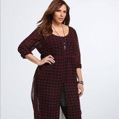 Torrid dress Chiffon shirt dress. Looks nice over jeans or shorts. Torrid size 0 is a 12-14. torrid Dresses