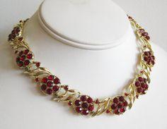 Vintage 50s Red Rhinestone Gold Link Hollywood Starlet Necklace