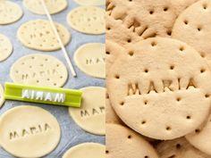 Galletas Maria Recipe, Maria Cookies Recipe, Brownie Cookies, Cupcake Cookies, Spanish Desserts, Kinds Of Cookies, Cookie Tutorials, Peruvian Recipes, Cookie Time