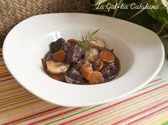 "Carn de vedella guisada a la olla del ""pito"" http://www.irreductibles.cat/cuina/2013/11/carn-guisada-a-lolla-del-pito/ © Manel Baxerias Consells culinaris"