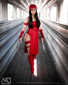 They say Elektra whispers in your ear before she kills you... Photography an edition by: @themadcore . . . #elektra #elektracosplay #daredevil #marvel #marvelcosplay #geekgirl #cosplaygirl #chicacosplay #instacosplay #sexycosplay #comics #comicscosplay #sundayofcosplay #cosplayerofinstagram
