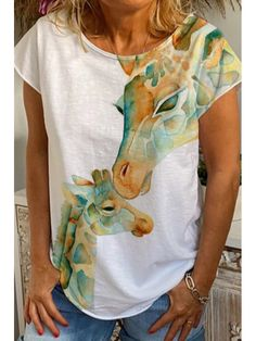 Casual T Shirts, Casual Tops, Online Shopping, Animal Print Outfits, Sweaters For Women, T Shirts For Women, Giraffe Print, Outerwear Women, Shirt Shop