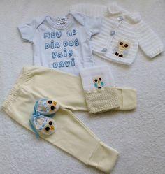 http://www.elo7.com.br/kit-casaco-body-sapato-e-fralda-coruja/dp/57FB0E