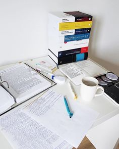Wow I studied so hard today. I was like a machine! I think it was due to the fact that I made a list of things I have to do in the upcoming… Study Desk, Study Space, Work Motivation, Motivation Inspiration, Study Organization, Study Hard, Study Notes, Student Life, Study Tips