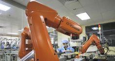 Foxconn ya dispone en sus instalaciones de 40.000 robots # Desde hace varios años, las condiciones laborales de los trabajadores de Foxconn siempre han estado en tela de juicio a pesar de los continuos controles que Apple asegura realizar en las instalaciones de la compañía ... »