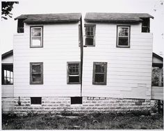 Splitting Anarchitectuur van Gordon Matta-Clark uit 1974.