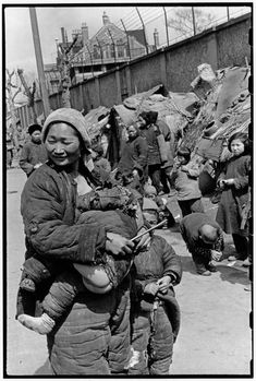 CHINA. Shanghai. 1949. Refugees.  Henri Cartier-Bresson