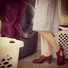 Even Fluevogs have laundry day. Our Everyday Fluevoger and her Gracias do chores in style!
