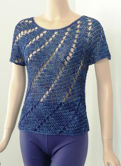 DJC: Spirals Seamless Crochet Top by Doris Chan - pattern Más Más Crochet Tunic, Thread Crochet, Crochet Clothes, Crochet Lace, Crochet Doilies, Crochet Stitches, Spiral Crochet, Crochet Woman, Love Crochet