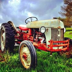 And so it was told, that this old tractor has helped the farmer in so many ways. Antique Tractors, Vintage Tractors, Vintage Cars, Antique Cars, 8n Ford Tractor, Ford Trucks, White Tractor, Tractor Pictures, Farm Day