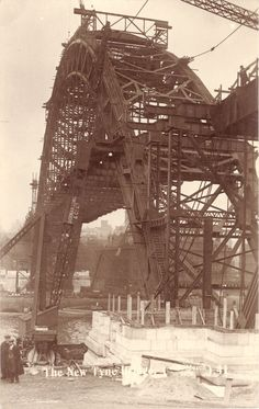 Tyne Bridge under construction Old Pictures, Old Photos, Vintage Photos, Gateshead Millennium Bridge, Newcastle Quayside, Newcastle Gateshead, Newcastle England, Sydney, Bridge Construction