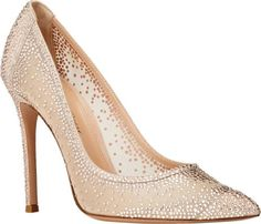 20 Aisle Perfect Wedding Shoes Fit for a Queen #wedding #bridal #heels #shoes