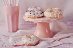 Pieczone pączki z dziurką, czyli amerykańskie donaty (doughnuts)