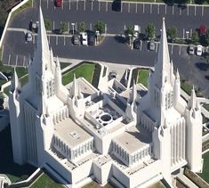Aerial view of San Diego California Temple Lds Temple Pictures, Lds Pictures, Mormon Temples, Lds Temples, San Diego Temple, Proclamation To The World, Later Day Saints, Lds Mormon, Lds Church