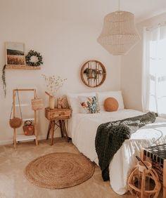 Room Design Bedroom, Room Ideas Bedroom, Home Decor Bedroom, Bedroom Inspo, Cool Teen Bedrooms, Boho Teen Bedroom, Girl Bedrooms, Fall Room Decor, Bohemian Room Decor