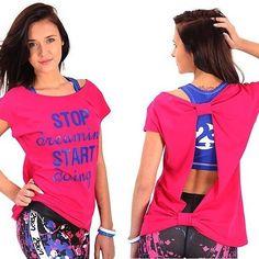 Jeśli jesteś fanką luźnych bluzek to pewnie spodoba Ci się nasza nowość bluzka electra.  Piękny różowy kolor i wymowny nadruk.  #top #bluzka #dotańca #taniec #zumbafitness #zumba #zumbatop #gymwear #gymclothes #fit #fitnesswear #fitnessgirl #fitnessfreak #fitnessaddict