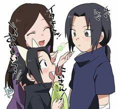 These two are getting along so well, what exactly happened here? Itachi, Izumi and Sasuke Itachi Uchiha, Itachi And Izumi, Naruto E Boruto, Naruto Sasuke Sakura, Naruhina, Anime Naruto, Naruto Funny, Naruto Art, Naruto Comic