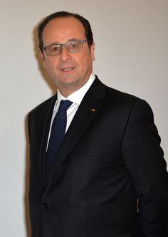 """Présidentielle de 2017 : Ségolène Royal et Emmanuel Macron avec François Hollande pour son premier """"séminaire"""" de campagne Check more at http://people.webissimo.biz/presidentielle-de-2017-segolene-royal-et-emmanuel-macron-avec-francois-hollande-pour-son-premier-seminaire-de-campagne/"""