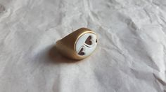 Ehi, ho trovato questa fantastica inserzione di Etsy su https://www.etsy.com/it/listing/236932231/shell-cameo-ring-handmade-in-italy
