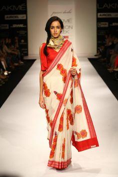 Saree designed by Purvi Doshi... Chic!