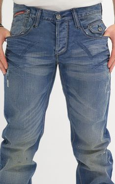 Looking for Men's Designer Jeans? Cipo & Baxx has the latest styles of Men's Ripped Jeans in Australia. Shop now on our online store! Men's Jeans, Ripped Jeans, Denim Shorts, Fashion Edgy, Men Fashion, Edgy Look, Well Dressed, Shop Now, Pants
