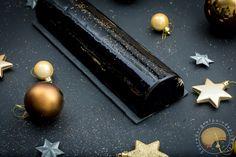 cuisine-cooking-pastry-patisserie-buche-noel-chocolat-riz-sesame Biscuits Au Cacao, Sesame, Xmas, Stud Earrings, Satin, Cooking, Barley Sugar, Noel, Kitchens